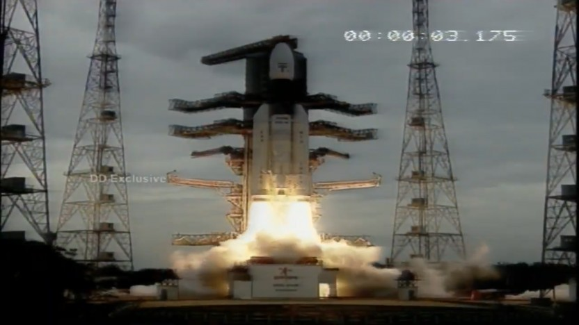Die neue GSLV Mk3 beim Start in Sriharikota erinnert etwas an die Ariane 5.