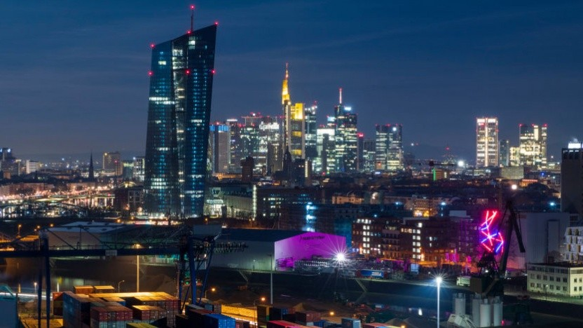 Nicht nur in Frankfurts Bankenviertel wird über X-Pay nachgedacht. (Symbolbild)