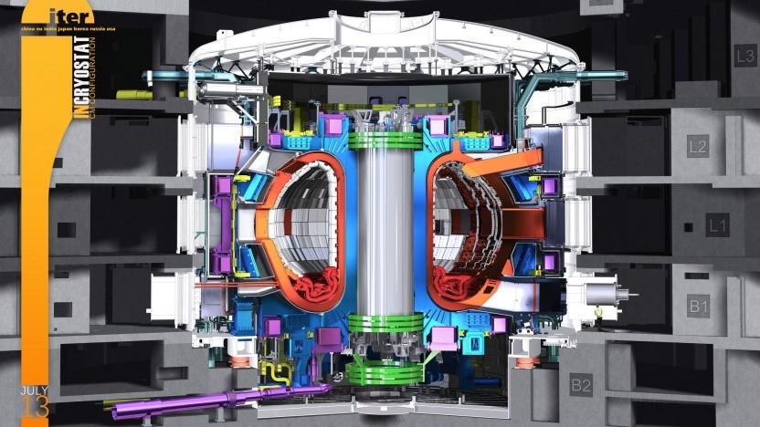 Kryostat mit Tokamak des Iter (Symbolbild): erstes Plasma im Dezember 2025