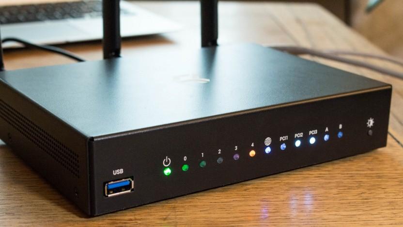 Der Turris Omnia ist ein Router zum Basteln, jetzt auch mit Software von Mozilla.
