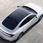 Sonata: Hyundai stattet Hybrid-Dach mit Solarzellen aus