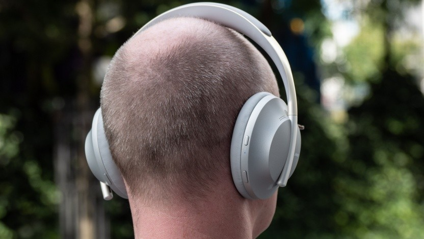Boses Noise Cancelling Headphones 700 im Test (Video)