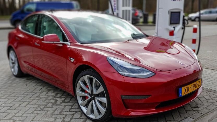 Werden Tesla-Autos bald in Deutschland produziert?