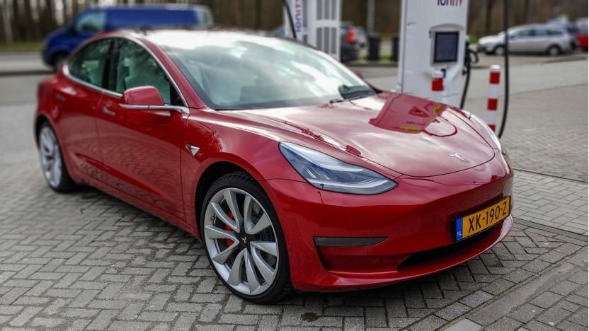 Elektroauto Tesla: für Singapur nicht die Lösung der Verkehrsprobleme