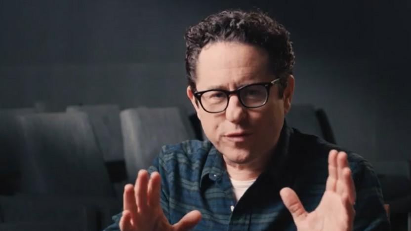 Keine Lensflare-Gefahr: J. J. Abrams macht Werbung für den neuen Filmmaker Mode.