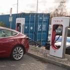 Tesla: Supercharger laden mit mehr Leistung