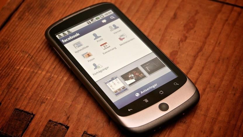 Die Android-App von Facebook zeigt einige sehr ungewöhnliche Verhaltensweisen. Facebook will sich dazu nicht äußern.