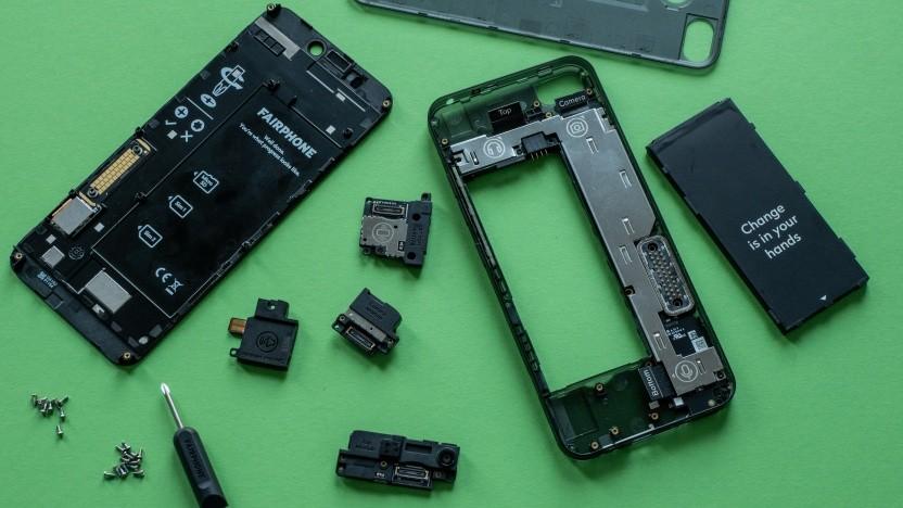 Das in seine Einzelteile zerlegte Fairphone 3