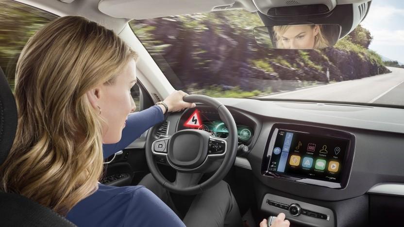 Bosch zeigt auf der IAA 2019 ein Display mit 3D-Effekt.