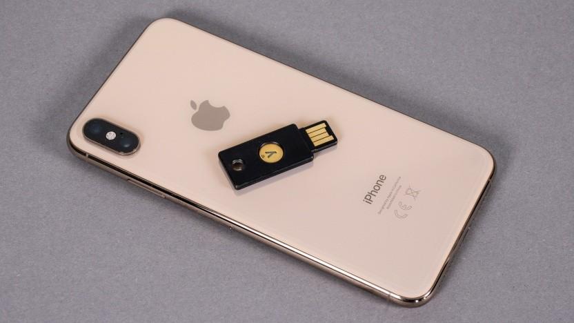 Mit iOS 13 werden NFC-fähige Fido2-Sticks von iPhones unterstützt.