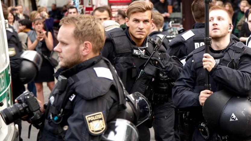 Polizisten mit Kamera