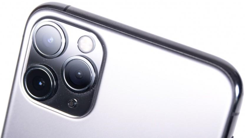 Der Ausweis sollte unter anderem mit dem neuen iPhone 11 Pro Max ausgelesen werden können.