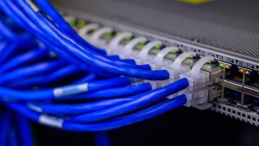 Multipath-TCP kann eine Verbindung auf mehrere Schnittstellen aufsplitten.