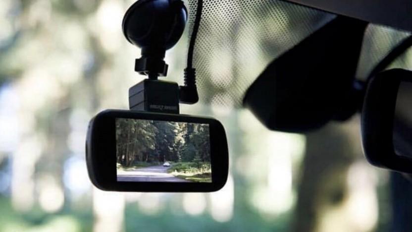 Eine Nextbase-Kamera im Auto