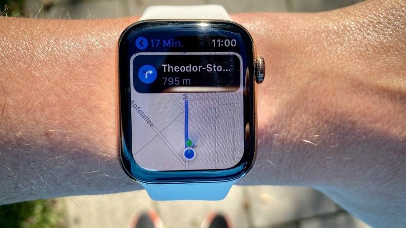 Karten-App mit Kompass im Einsatz auf der Apple Watch Series 5