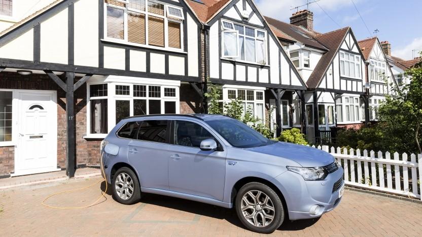 Das Auto zu Hause zu laden, ist bequem - aber halten die Stromnetze das auch in Zukunft aus?