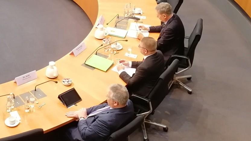 BND-Präsident Bruno Kahl, Verfassungsschutzpräsident Thomas Haldenwang  und MAD-Chef Christof Gramm (v.l.n.r.)