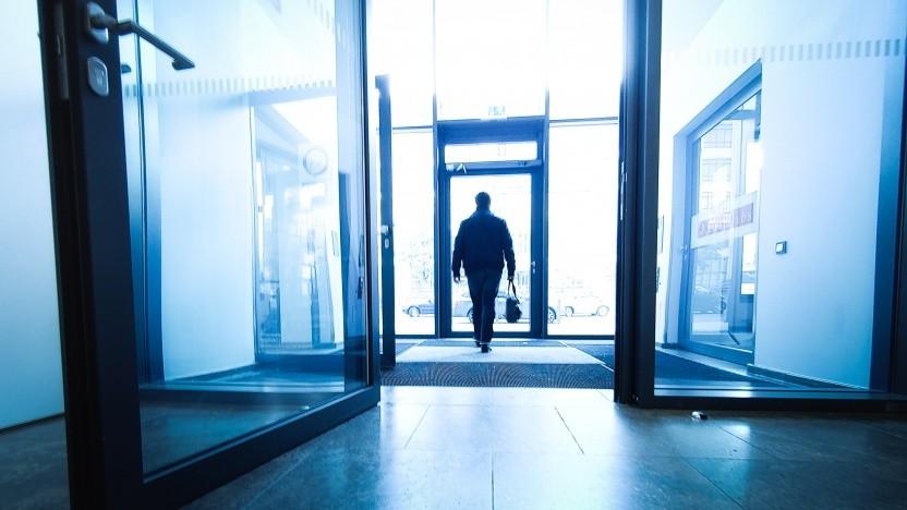 Wenn gute Mitarbeiter gehen, ist das für ein Unternehmen unangenehm. Deswegen heißt es, die Fluktuation möglichst gering zu halten.