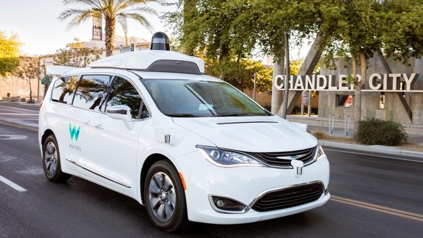 Waymo testet fahrerlose Taxis ohne Sicherheitsfahrer.