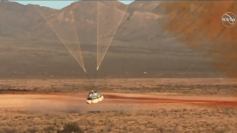 Eigentlich sieht alles gut aus, aber einer der drei Fallschirme hat sich bei der Landung nicht geöffnet.