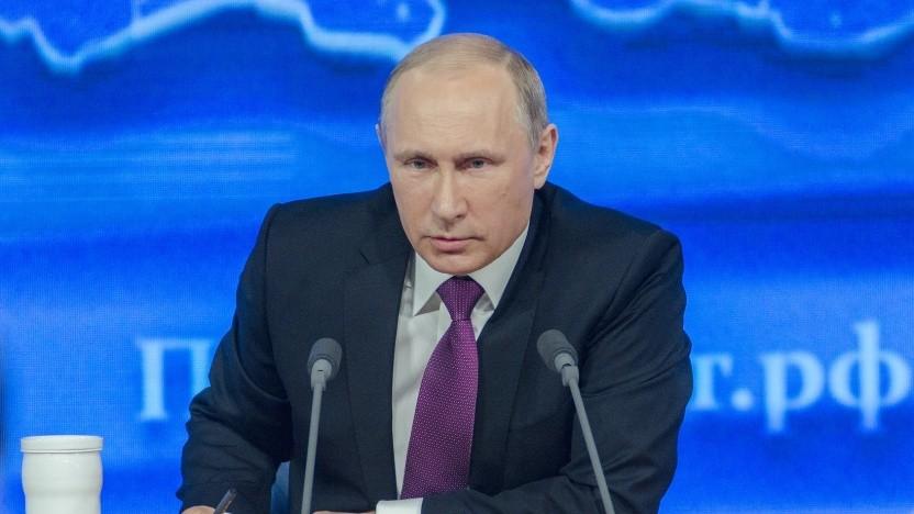 Putin will nicht nur ein Staatsnetz, sondern auch eine russische Alternative zu Wikipedia.