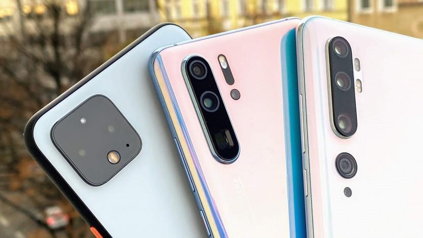 Von rechts nach links: das Xiaomi Mi Note 10, das Huawei P30 Pro und das Google Pixel 4 XL