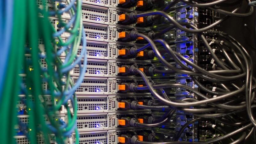 Die Bundesregierung scheint mit der Modernisierung ihrer IT überfordert.