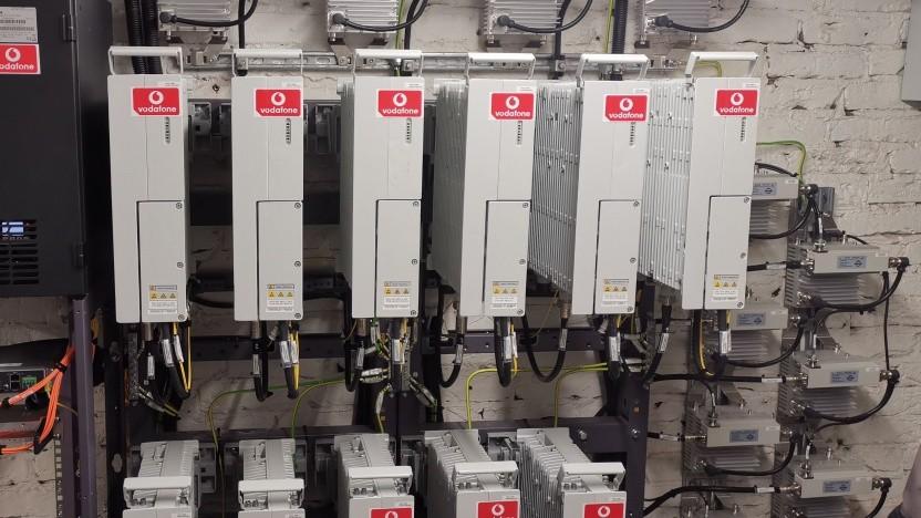 Mobilfunkausrüstung von Vodafone in der Berliner U-Bahn