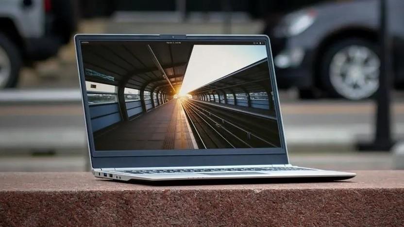 Die Laptops von System 76 könnten künftig aus eigener Produktion kommen.