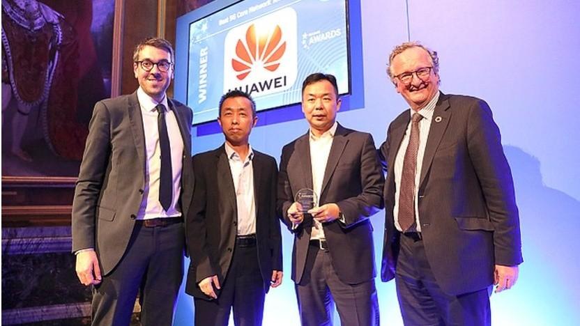 """Huawei bei der Auszeichnung für """"Best 5G Core Network Technology"""" auf dem 5G World Summit 2019 in London"""