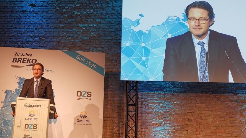 Bundesverkehrsminister Andreas Scheuer zeigte in den Bolle-Festsälen auch seine komödiantischen Fähigkeiten.