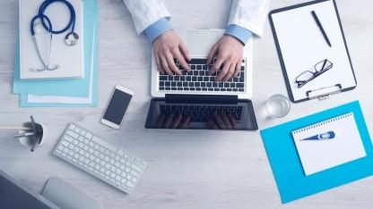 In Arztpraxen werden häufig sehr private Daten verarbeitet, daher sollte deren Software besonders auf Sicherheit und Datenschutz achten.