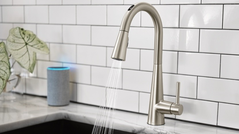 Smarter Wasserhahn mit Sprachsteuerung