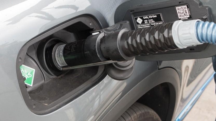 Brennstoffzellenauto an einer Wasserstofftankstelle in Hamburg: Wasserstoff wird der Hebel für die Energiewende.
