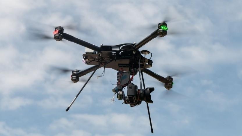 Drohne (Symbolbild): Klimaaktivisten wollten Heathrow lahmlegen.