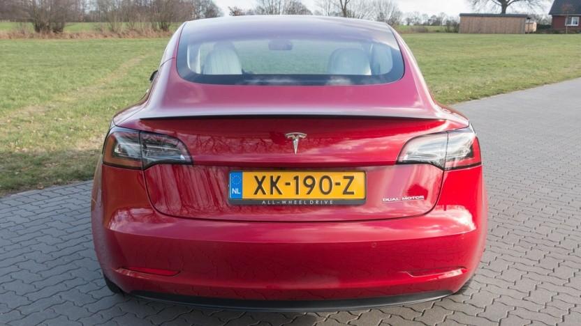 Tesla sieht keine Belege für fehlerhafte Beschleunigungen seiner Modelle.