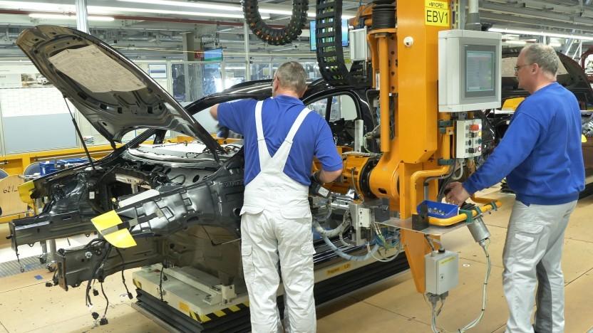 Arbeiter im VW-Werk in Zwickau
