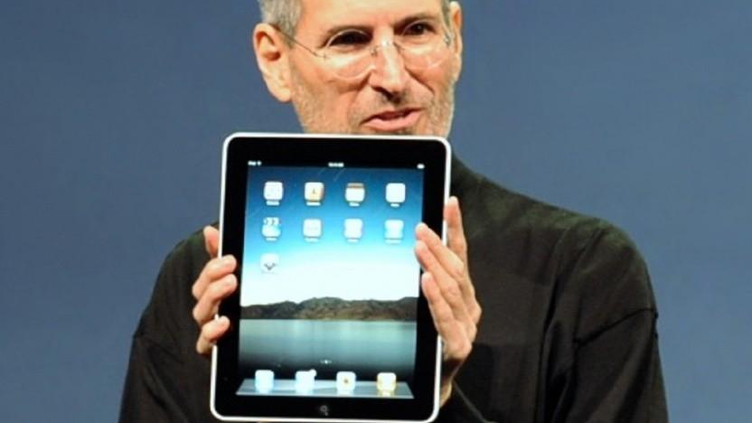 Steve Jobs zeigte im Jahr 2010 das erste iPad.