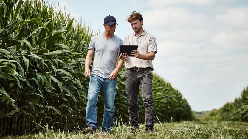 Landwirtschaft 4.0: Das Tablet wird zum ständigen Begleiter auf dem Feld.