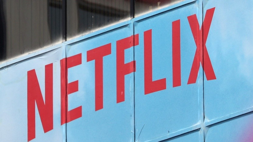 Netflix ermöglicht eine Deaktivierung der automatischen Wiedergabe innerhalb der Oberfläche.