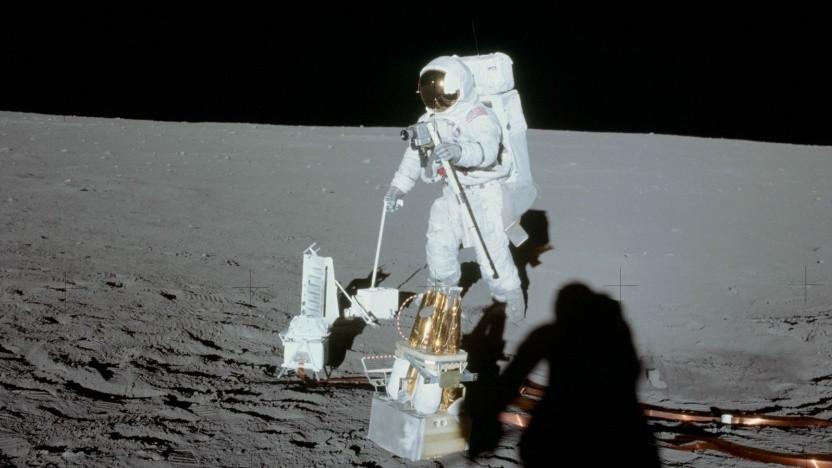"""Apollo-12-Astronaut  Alan Bean auf dem Mond (am 19.11.1969): """"unglaubliche Zeit, um Astronaut zu sein"""""""