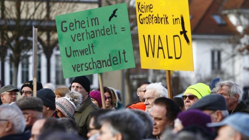 Proteste gegen den Bau der Tesla-Fabrik in Grünheide