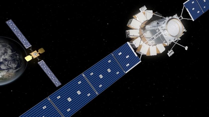Künstlerische Darstellung der Annäherung von MEV-1 (r) an IS-901: andocken an einen Satelliten, der dafür nicht konzipiert war