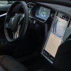Model S und Model X: Tesla bietet Bordcomputer-Upgrade an
