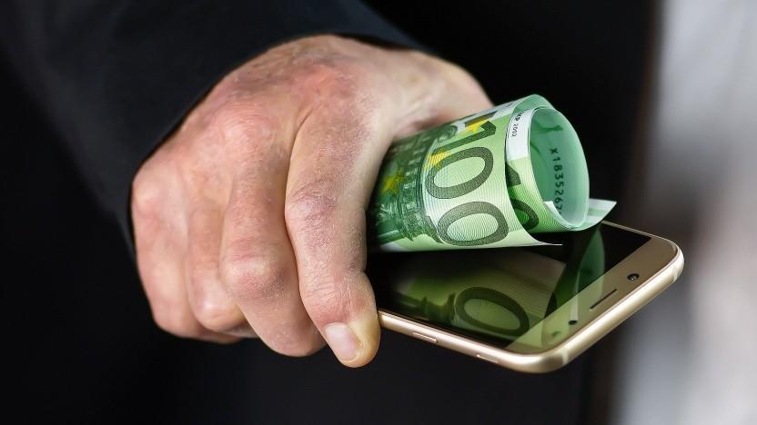 Bankdaten + Handynummer = Geld