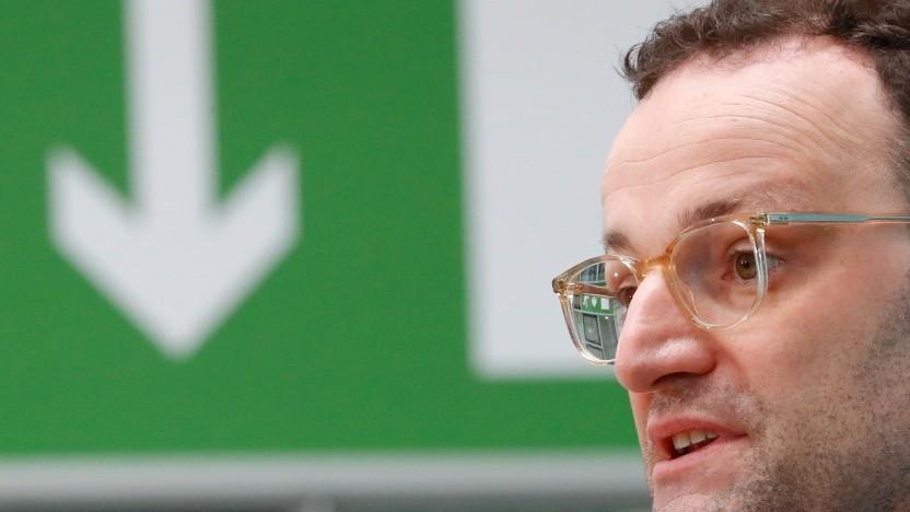 Bundesgesundheitsminister Jens Spahn (CDU) will nun doch keine Handyortung.