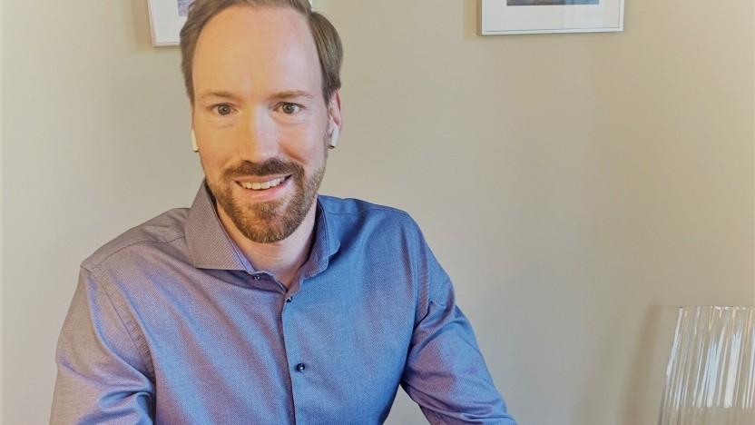 Golem.de-Gesprächspartner Björn Weidenmüller von der Telekom sitzt auch im Homeoffice.