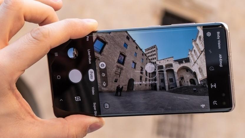 Unter anderem das Galaxy S10+ bekommt das Update.