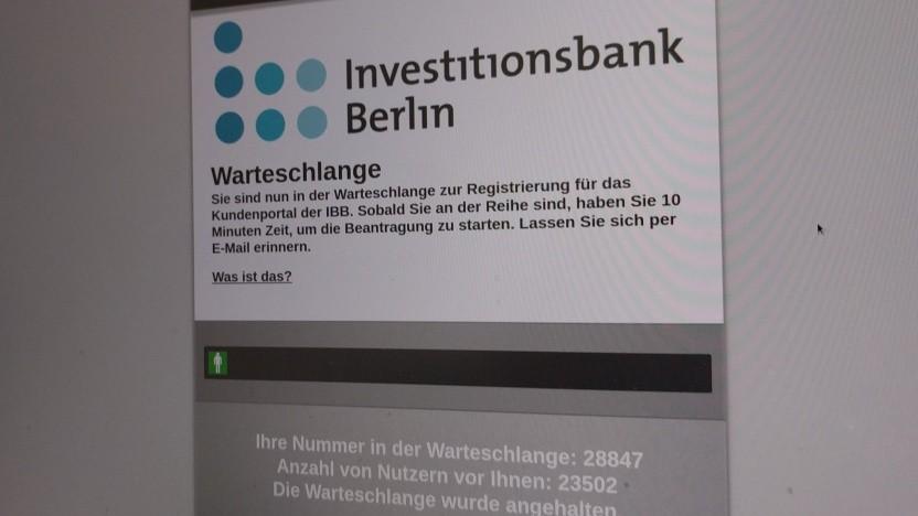 """""""Warteschlange"""" heißt es zur Zeit für Kleinunternehmen, die Wirtschaftshilfen in Berlin beantragen."""