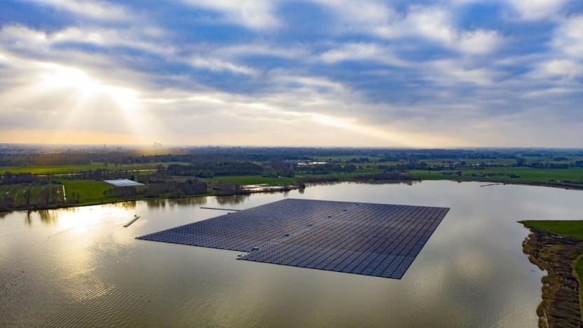 Schwimmendes Solarkaftwerk Bomhofplas: 10 Cent Einspeisevergütung in den Niederlanden